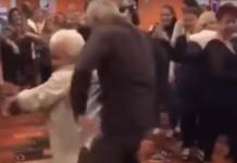 abuelos-bailando-reggeton